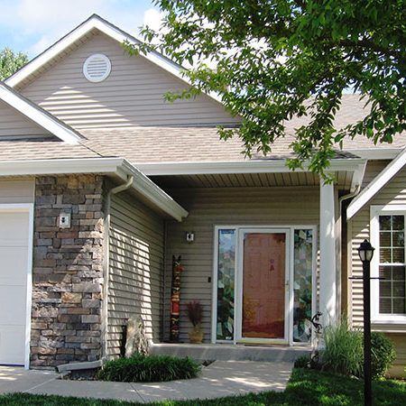 Liberty Cedar Grain Vinyl Siding