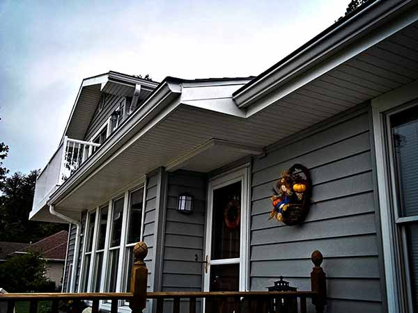 Home Remodeling With Vinyl Siding In Ozark Missouri