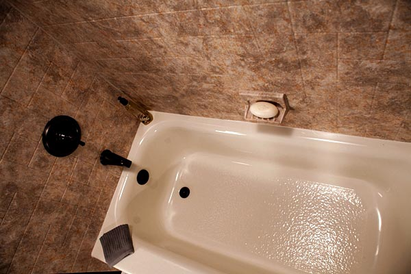 Bathtub liners bathroom remodel springfield missouri for Shower tub liner