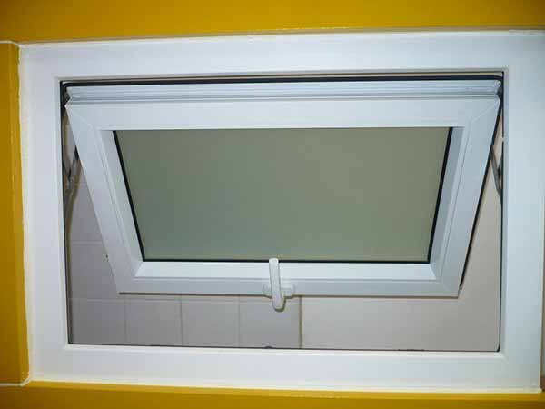 Awning windows windows springfield missouri for Awning replacement windows