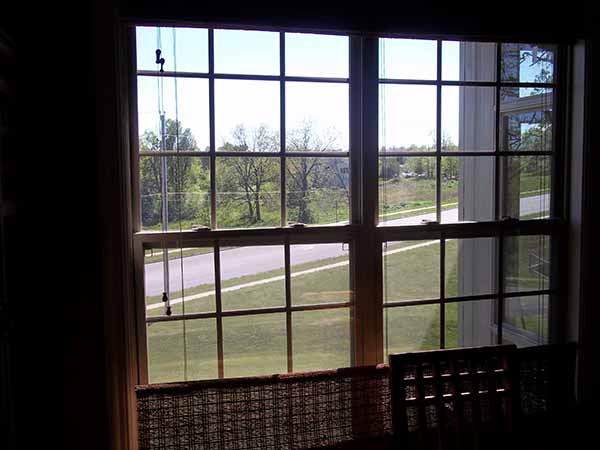 Double hung windows archives liberty home solutions llc for Best double hung windows reviews