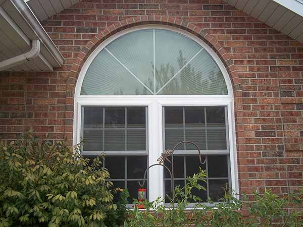 Double-Hung Window Installer