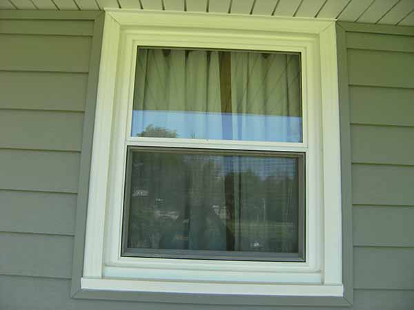 Double hung windows archives liberty home solutions llc for Double hung replacement windows reviews