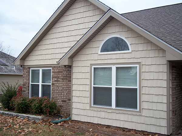Shake vinyl siding siding springfield missouri for Vinyl siding colors on houses